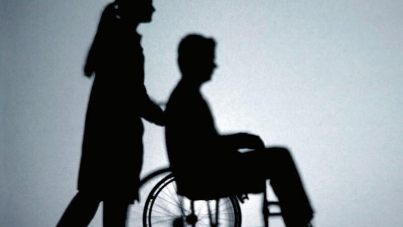 Tanarul isi doreste sa scape de scaunul cu rotile