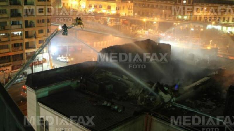 Pompierii sting incendiul din Teatrul National din Cairo