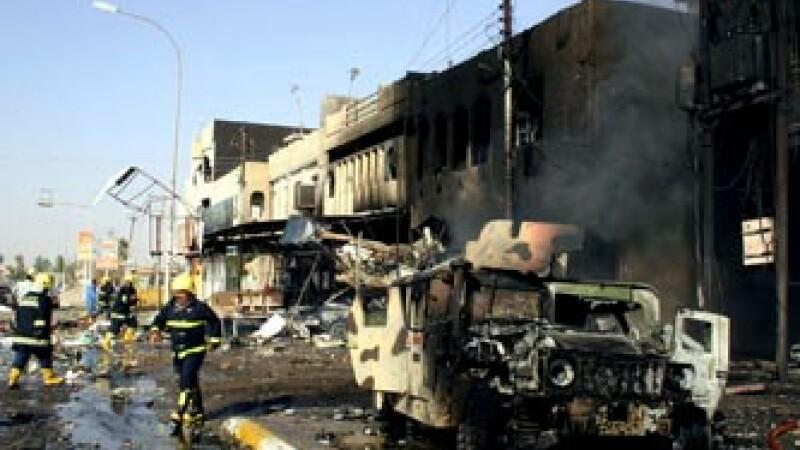 Atentatul din orasul libanez Tripoli, soldat cu patru morti si 30 de raniti