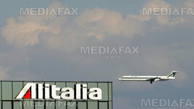 Alitalia, salvata de la faliment pe ultima suta de metri