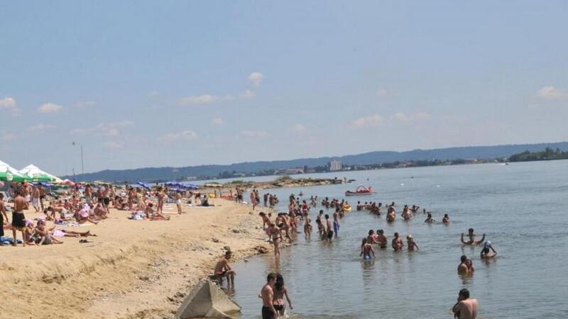 Plaja de pe malul Dunarii