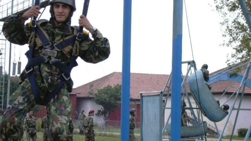 Parasutist militar