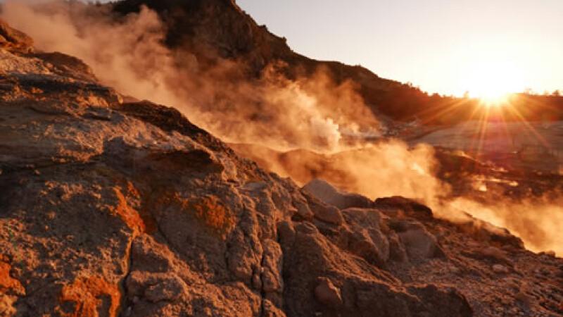 Image result for vulcani imagini