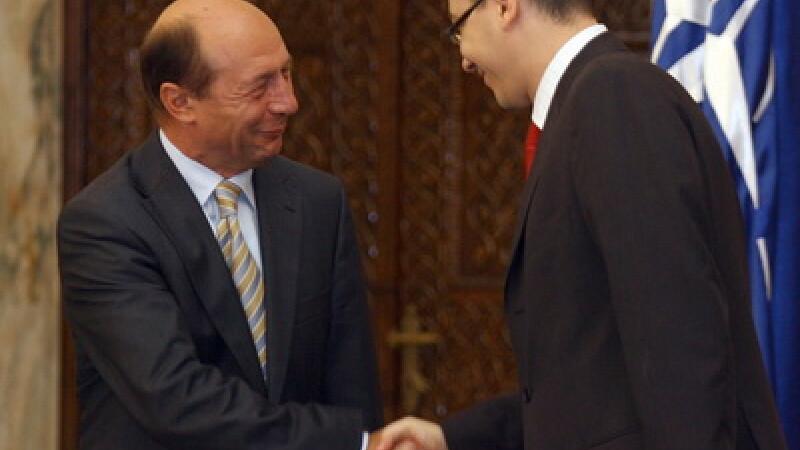 Ponta anunta ca a pregatit cu Basescu un mesaj comun pentru Hollande privind interventia in Mali