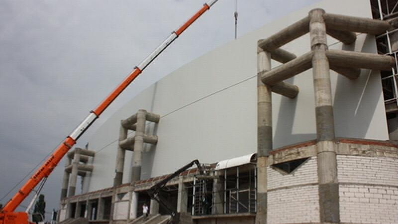 Noua Sala Polivalenta din Craiova are panouri 3D! Degeaba, pentru ca nu poate fi inaugurata