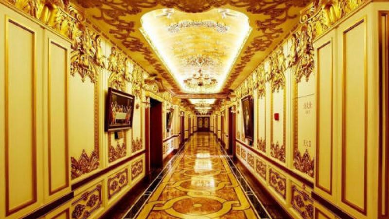 Natiunea copy-paste. Chinezii au clonat pana si Palatul Versailles. Pentru ce folosesc cladirea.FOTO