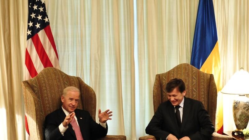 Joe Biden, Crin Antonescu