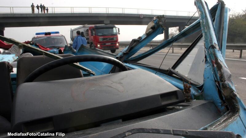 In zona Baneasa, pe DN1, s-au produs doua accidente in lant, in care au fost implicate 9 masini