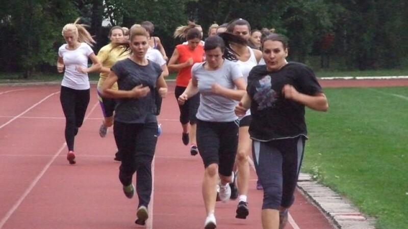 Peste 300 de elevi au trecut de probele sportive la Scoala de Politie Cluj