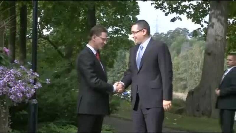 Victor Ponta, Finlanda