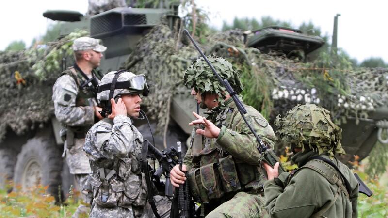 NATO vrea sa-si intareasca prezenta militara in Europa de Est. Ce se va intampla in Romania