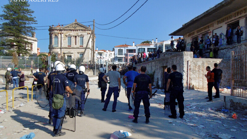 confruntari intre imigranti si politie in Grecia, pe insula Lesbos