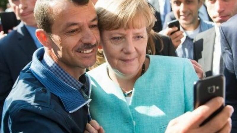 De ce accepta de fapt Germania refugiati. Cum poate fi trasa in jos cea mai mare economie a Europei