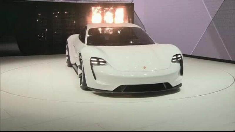 Porsche - STIRI
