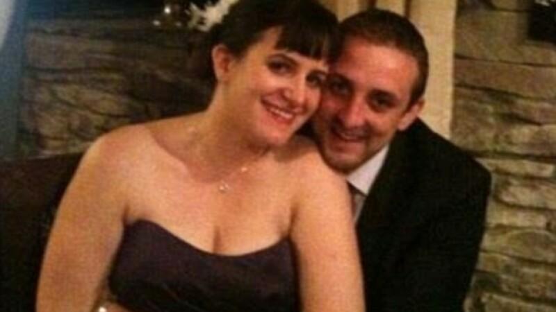 A renuntat la logodnica lui pentru o blonda cunoscuta pe Facebook. Cine era in realitate femeia de pe internet