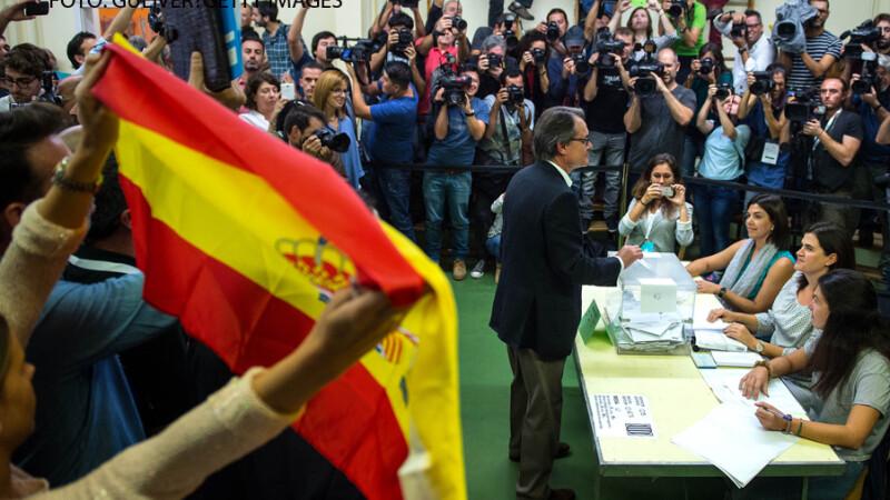 presedintele parlamentului Cataloniei voteaza