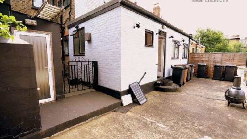 Un anunt de pe un site imobiliar din Anglia i-a socat pe potentialii cumparatori. Cum a fost decorata una dintre camere
