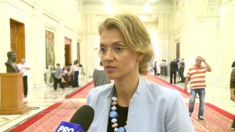 Alina Gorghiu anunta ca va demisiona din conducerea PNL daca liberalii si majoritatea parlamentara nu vor da noul premier