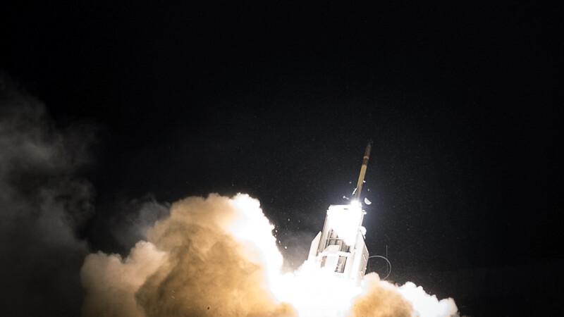 lansare rachete HIMARS