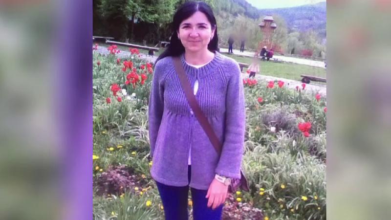 Sute de oameni şi-au luat rămas bun de la Anca, femeia ucisă de soţul ei în plină stradă, în oraşul Sighet