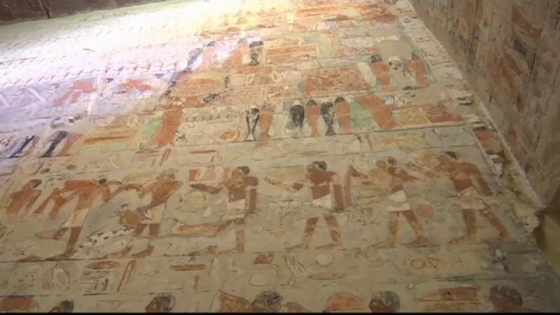 Impresionantul mormânt al unui demnitar din antichitate, deschis pentru prima dată publicului. Turiștii, fascinați