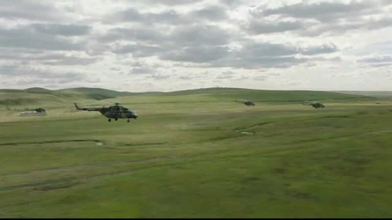 China a trimis militari, blindate și avioane la exercițiile militare ale Rusiei