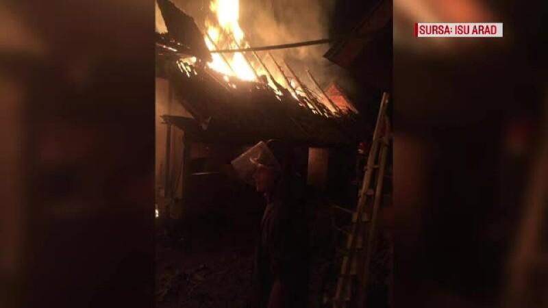 4 magazii au ars din cauza unui cazan de țuică lăsat nesupravegheat