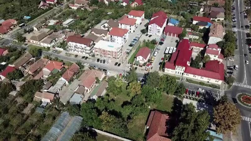 Chinurile românilor din zone imobiliare tentante. O femeie din Brașov și-a scandalizat vecinii