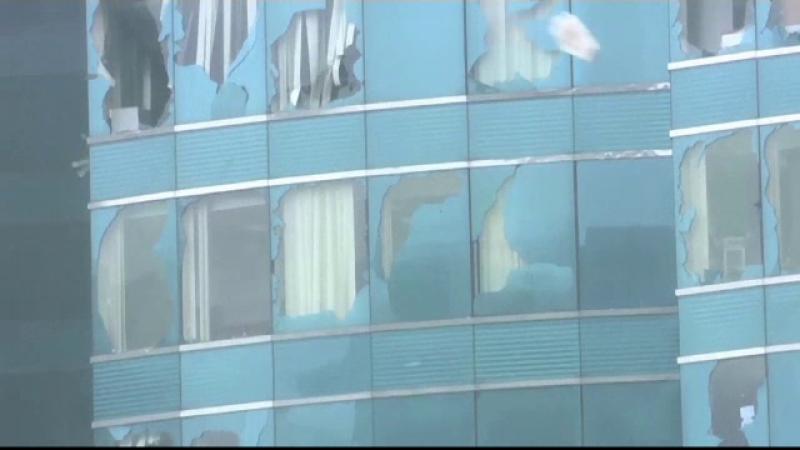 Taifunul Mangkhut. Momentul în care valuri uriaşe au lovit zgârie-norii din Hong Kong
