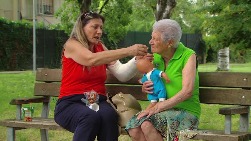 Poveștile cutremurătoare ale româncelor plecate să aibă grijă de bătrânii Italiei