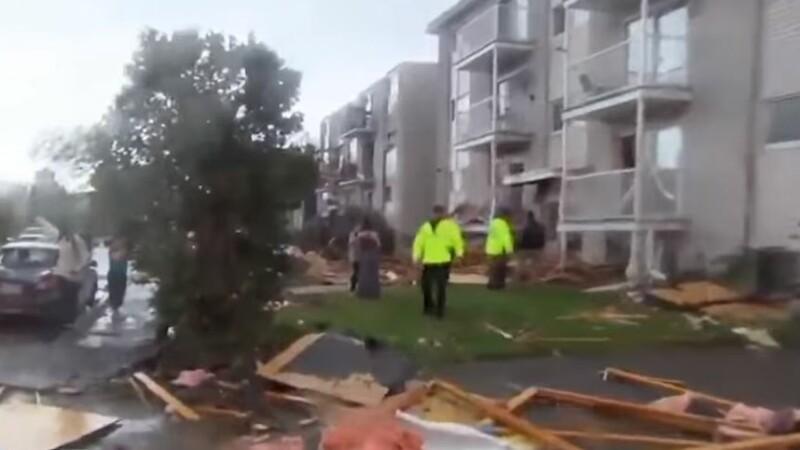 O tornadă a lovit capitala Canadei, lăsând în urmă zeci de răniți. VIDEO
