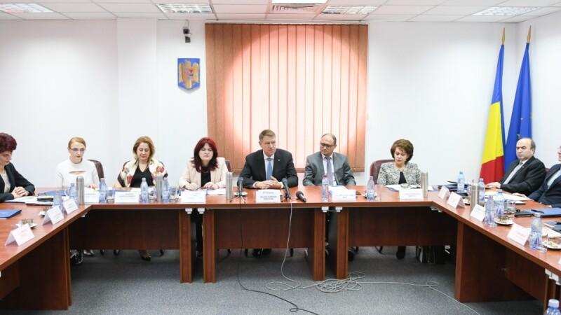 CCR a respins sesizarea asupra Legii privind statutul magistraților. Iohannis, obligat să o promulge