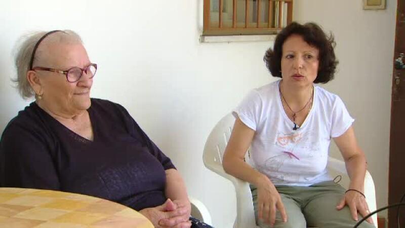 """Dramele româncelor care îngrijesc bătrâni în Italia și intră deseori în depresie. """"Îmi spune că e umilitor"""""""
