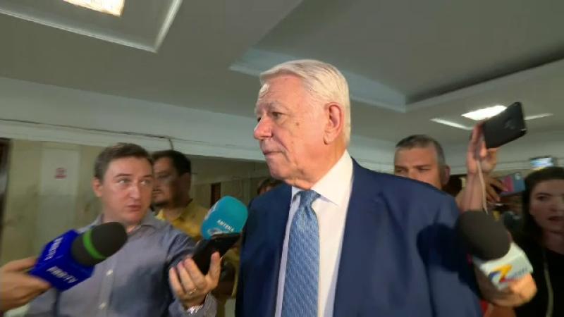 Ce îl împiedică pe Tăriceanu să îl excludă pe Teodor Meleșcanu din ALDE