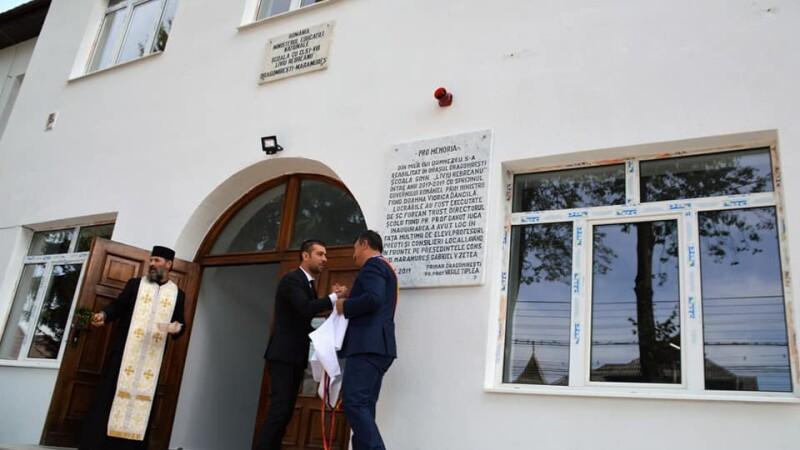 Numele lui Dăncilă, pe o școală din Maramureș, reabilitată \