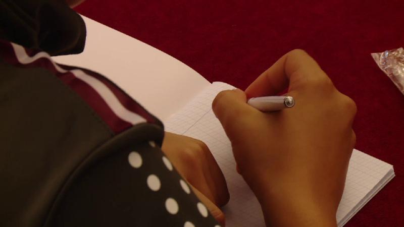 Scoaterea caligrafiei din şcoală favorizează analfabetismul