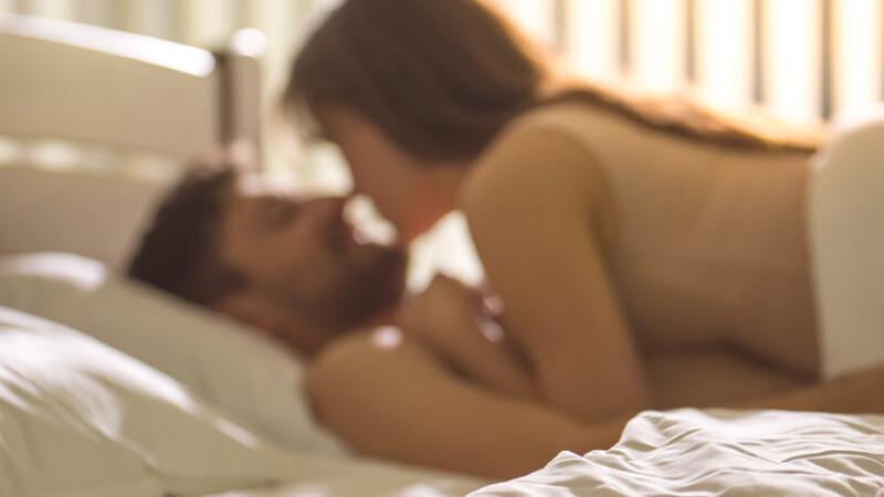 relatiii sexuale