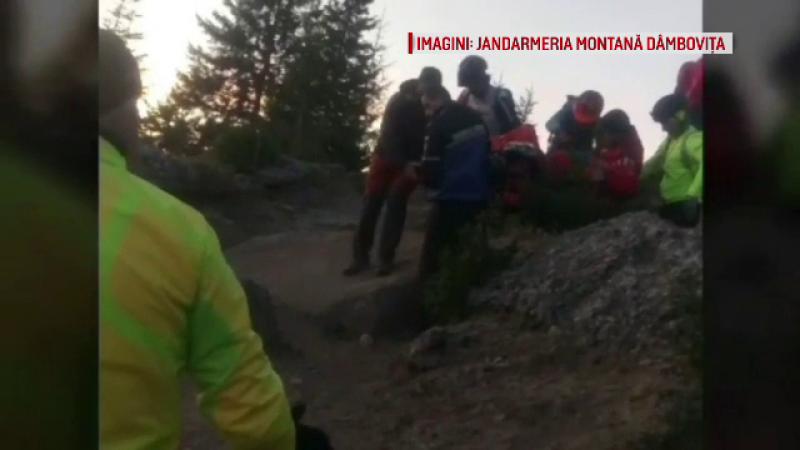 Biciclist ranit pe munte