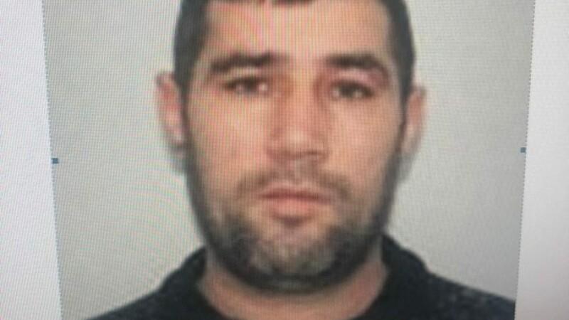 Deţinutul evadat de la Penitenciarul Focşani, căutat cu elicopterul de polițiști - 3