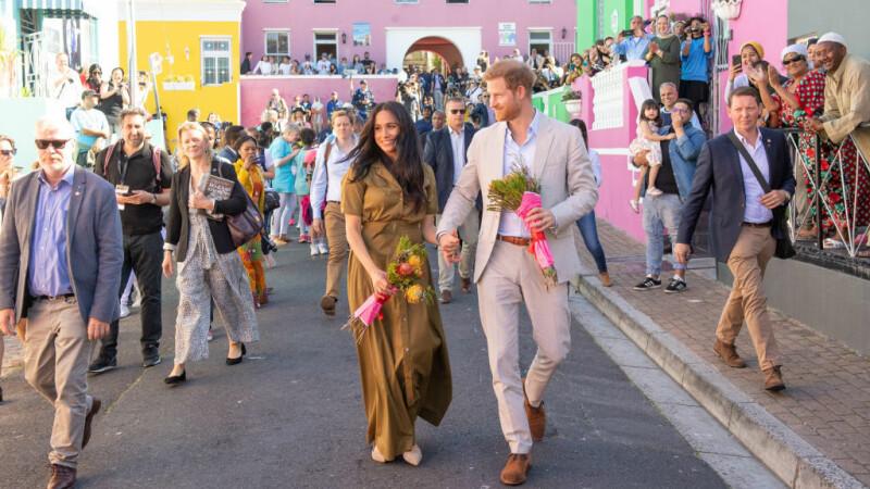 """Meghan Markle l-a descris pe Harry drept """"cel mai bun tată"""". Ducii, în vizită în Africa de Sud - 3"""