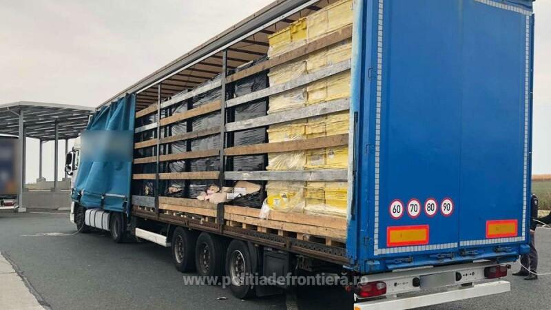 TIR cu peste 400.000 de de pachete de țigări de contrabandă, descoperit la vamă - 2