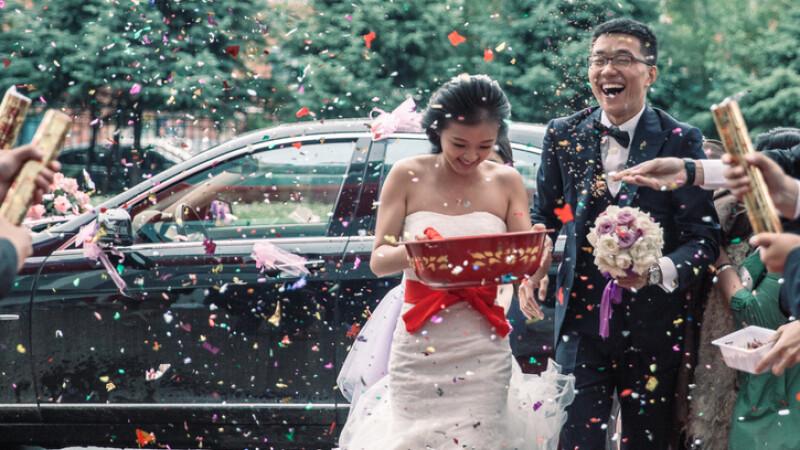 Femeia chineza Cauta? i nunta)