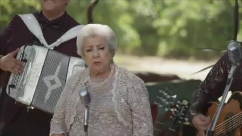 Bunica la premiile grammy latino