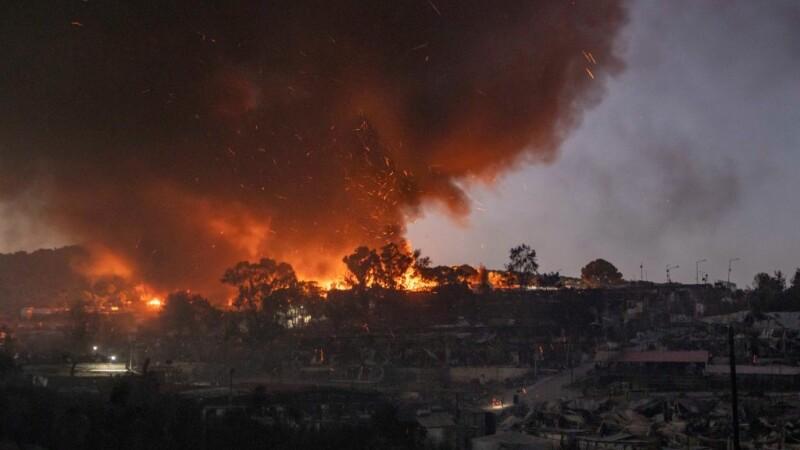 Tabara de migranti incendiata -1-