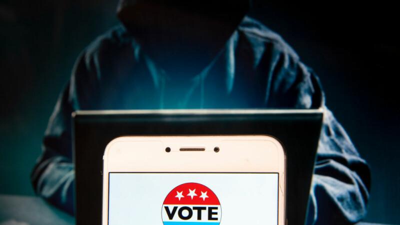 Microsoft: Hackerii ruși atacă din nou alegerile din SUA