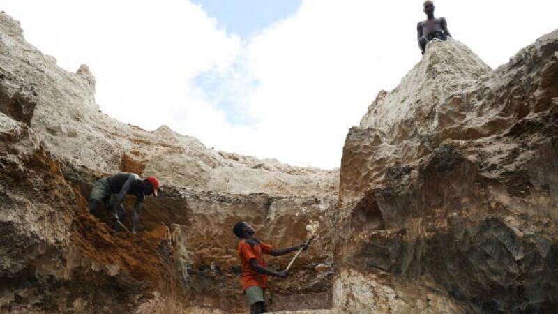 O mină de aur neautorizată s-a prăbușit în Congo. Cel puțin 50 de persoane au murit