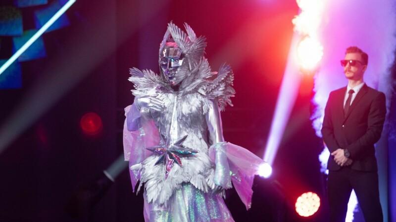 Masked Singer, vineri, 25 septembrie. Cine se ascundea sub masca Îngerului