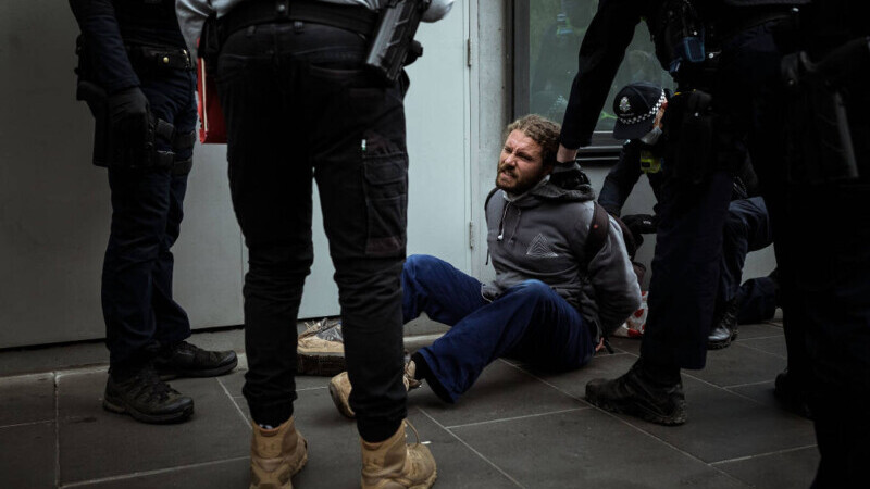 protest Melbourne arestati