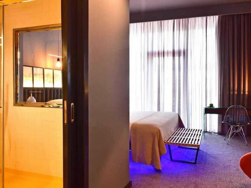 Cat te costa sa dormi o noapte in hotelul lui Cristiano Ronaldo. Starul Realului a deschis un complex superb in Madeira