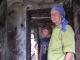 """Oamenii au sărit în ajutorul bunicii căruia i-a ars casa unde își creștea singură doi nepoți. """"A început să plângă"""""""